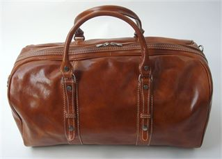 'Lucano' Handmade Italian Leather Holdall - Compact Size (LBS609)
