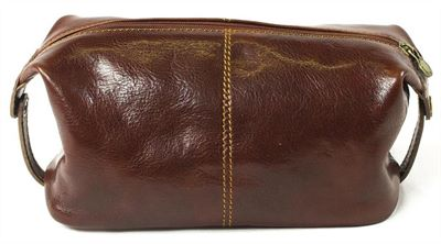 Large Handmade Italian Leather Wash Bag (LBS646)